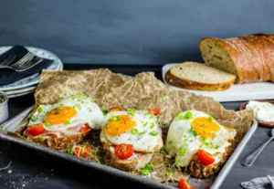 Prøv også Frokostsmørbrød med speilegg.
