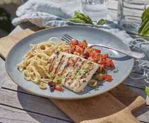 Prøv også Grillet klippfisk med olivensalsa.