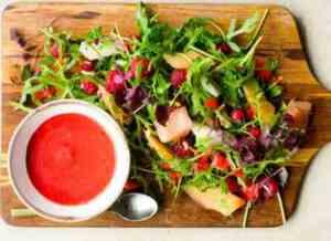 Les mer om Melon- og bringebærsalat hos oss.