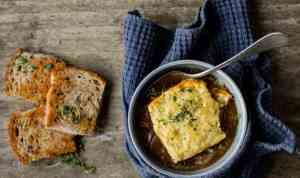 Prøv også Gratinert løksuppe med ost.