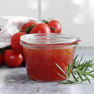 Prøv også Tomatmarmelade med rosmarin.