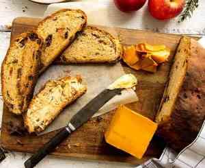 Prøv også Julekake med smak av appelsin, rossiner og sjokolade.