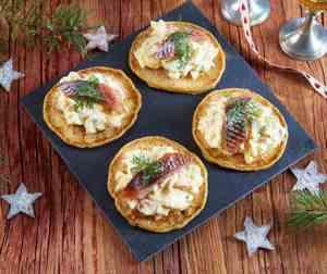 Prøv også Blinis med eggesalat og sild.