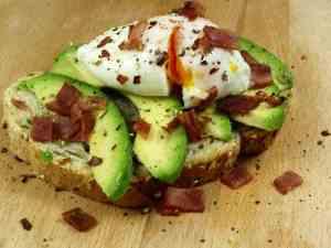 Prøv også Toast med avokado og posjert egg.