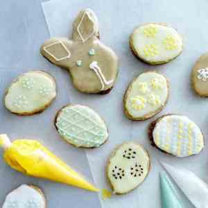 Try also Mørdeigskaker til påske.