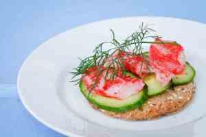 Prøv også LobNobs med agurk og kaviar.