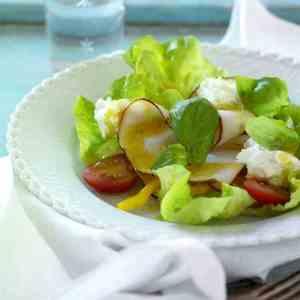 Prøv også Vårsalat med kalkun og ferskost.