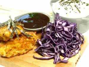 Prøv også Hjemmelagd tonkatsu saus med kylling og rødkål.