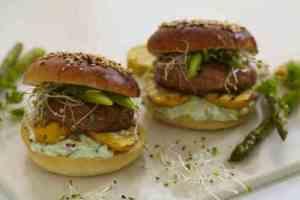 Prøv også Sliders med grillet portobellosopp og squash.