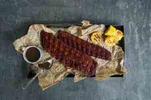 Try also Ribs med grillet mais og bbq-saus.