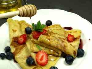 Try also Lunkne pannekaker med sirup, blåbær og jordbær.