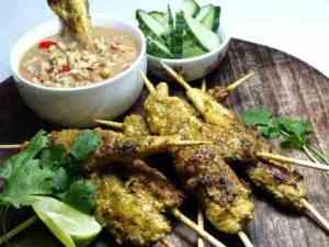 Prøv også Indonesisk satay med peanøttsaus.
