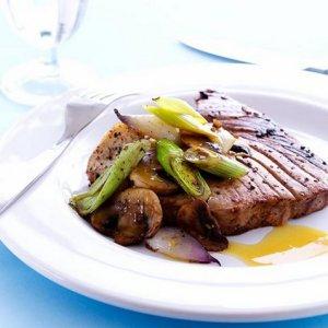 Try also Limemarineret tunfisk.