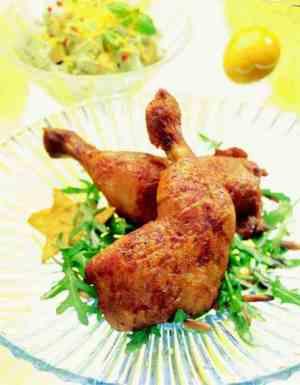 Prøv også Kyllinglår med avokadosalat og mangosalsa.