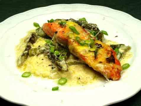 Prøv også Stekt ørret med gratinert asparges.