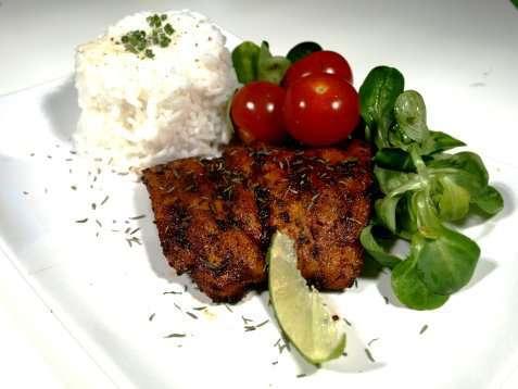 Bilde av Pepper- og hvitl�ksmarinert laks.