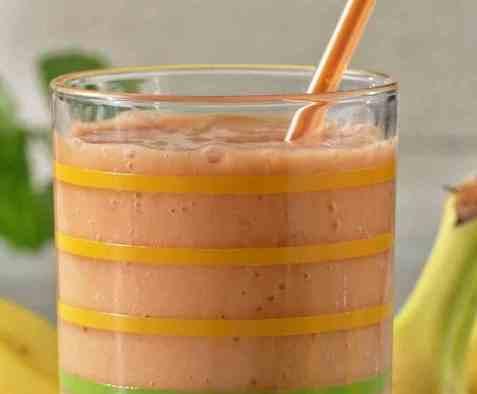 Smoothie med gulrot, eple og banan oppskrift.