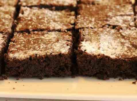 Sjokolade kake uten egg oppskrift.