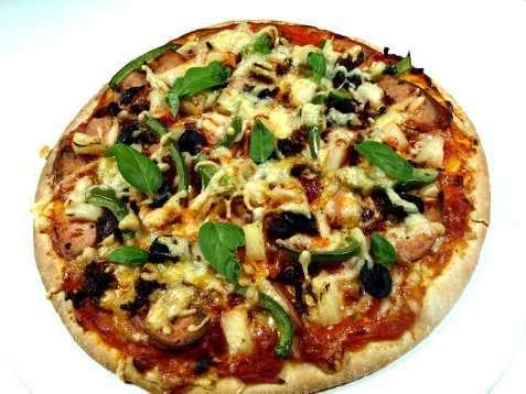 Bilde av Pizza enkel med p�lser.
