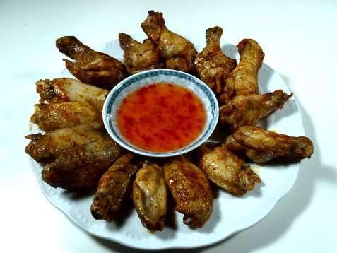 Kyllingvinger med grillsaus oppskrift.