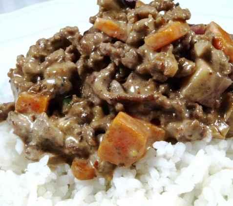 Bilde av Ris og kj�ttdeig med brun saus.