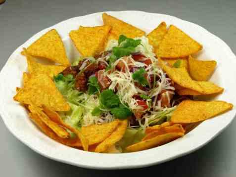 Meksikansk taco salat oppskrift.