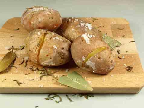 Saltbakte poteter oppskrift.