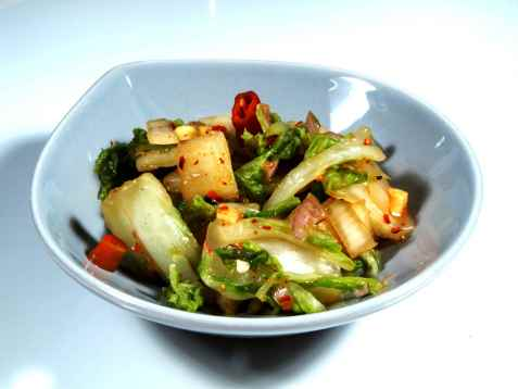 Kim chi (kimchi) kinakål i saltlake oppskrift.