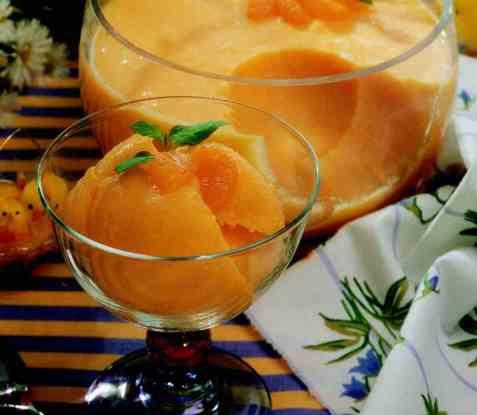 Mandarinmousse oppskrift.
