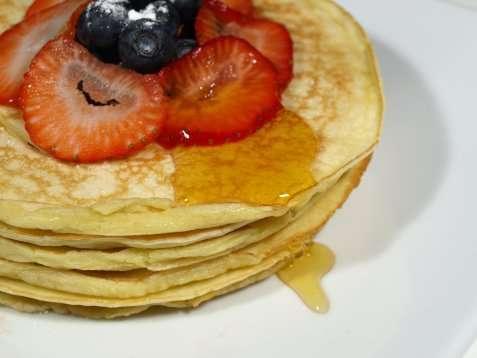 Bilde av Amerikanske pannekaker med l�nnesirup.