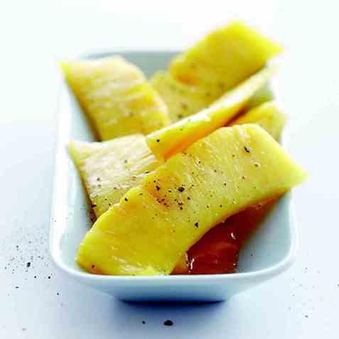 Karamellisert ananas oppskrift.