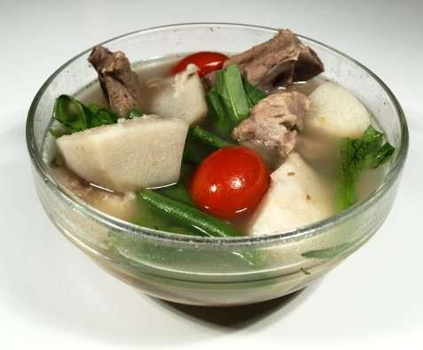 Sinigang Na Baboy Suppe oppskrift.