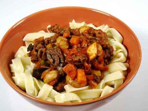 Tagliatelle al Ragù Classico, Tagliatelle med klassisk kjøttdeigssaus oppskrift.