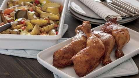 Grillede kyllinglår med lun potetsalat oppskrift.