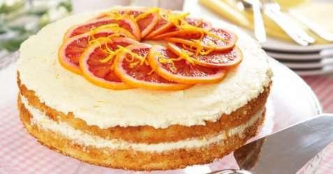 Frisk sitron- og appelsinkake oppskrift.