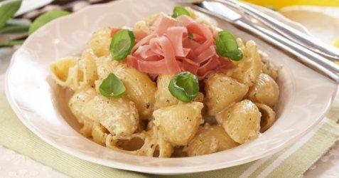 Bilde av Pasta med kremet valn�ttpesto.