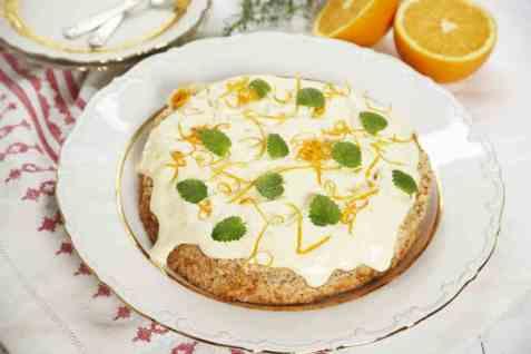 Mandelbunn med appelsinkrem oppskrift.