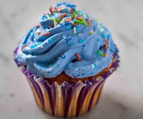 Muffins med frosting (Cupcakes) oppskrift.