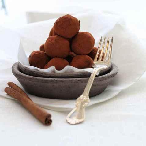 Sjokoladetrøfler med sukrin oppskrift.