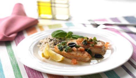 Stekt torsk med tomat og basilikum oppskrift.