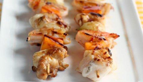 Grillspyd med soyamarinert steinbit oppskrift.