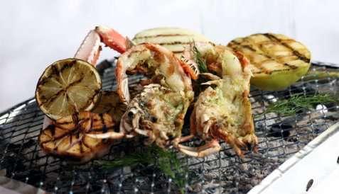 Grillet sjøkreps med grillede grønnsaker oppskrift.