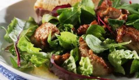 Salat med torskelever oppskrift.