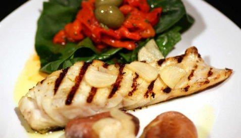 Dagens oppskrift er Grillet klippfisk med saltbakte poteter.
