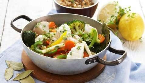 Gryte med torsk og grønnsaker oppskrift.