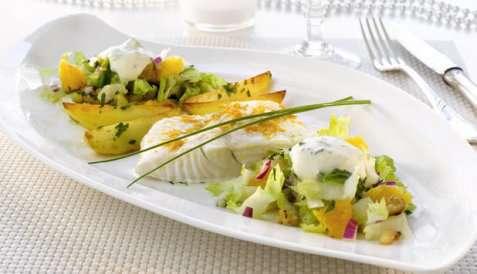 Kveite med frisk salat og pepperrotkrem oppskrift.