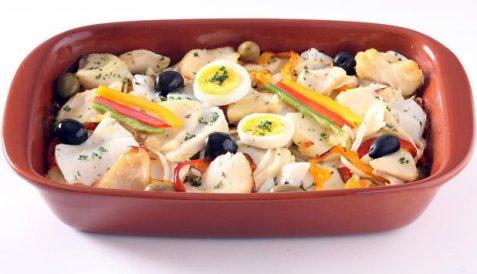 Klippfisk og grønnsaker i form oppskrift.