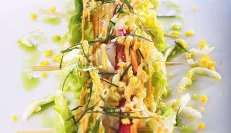 Bilde av Stekt kongekrabbe p� spyd med aioli.