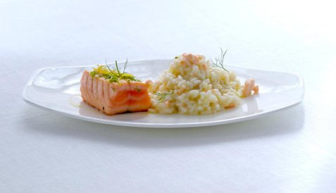 Laks med sitron og risotto oppskrift.