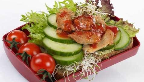 Makrell i tomat - en favoritt i matboksen oppskrift.
